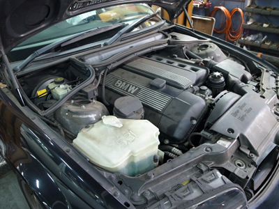 BMW-6E