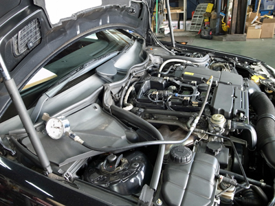ベンツW203燃圧点検
