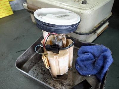 ベンツ・燃料ポンプ