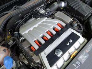 R32-V6