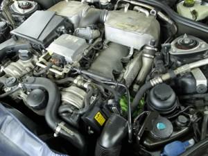 12気筒エンジン
