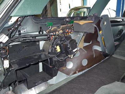 エアサスコントロールユニット