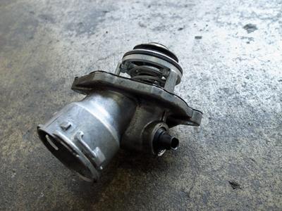 W211サーモスタット