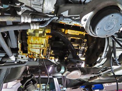 BMWオイル漏れ